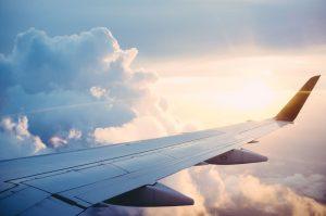 Sådan kommer du bedst gennem en lang flyrejse