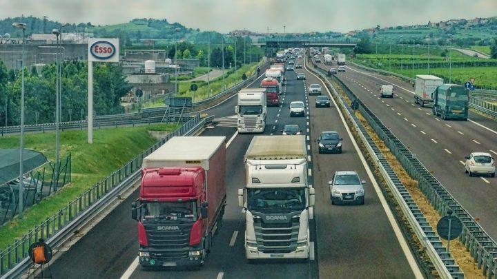 Fartdjævle risikerer en dyrere kør-selv-ferie